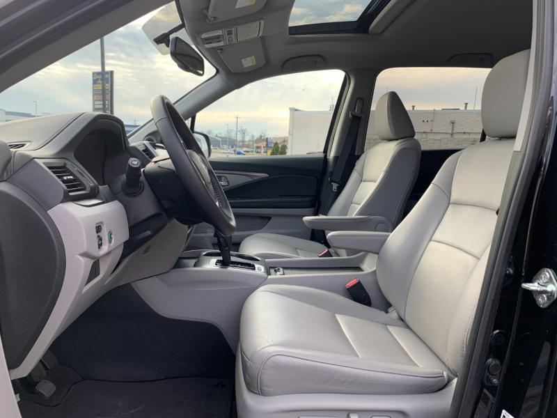 Honda Pilot 2017 price $29,490