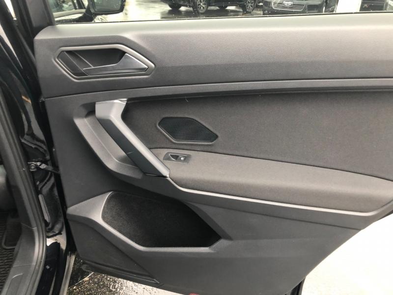 Volkswagen Tiguan 2019 price $21,243