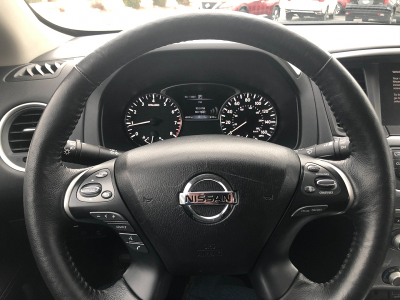Nissan Pathfinder 2018 price $25,990