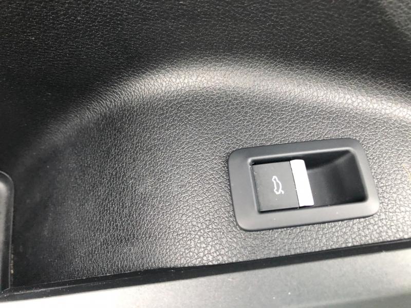 Audi Q5 2019 price $39,990