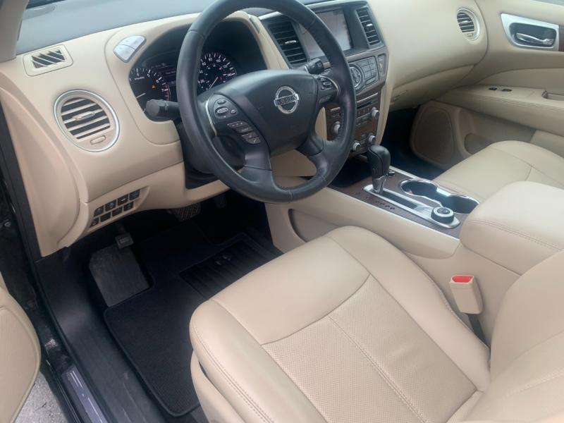 Nissan Pathfinder 2017 price $26,990