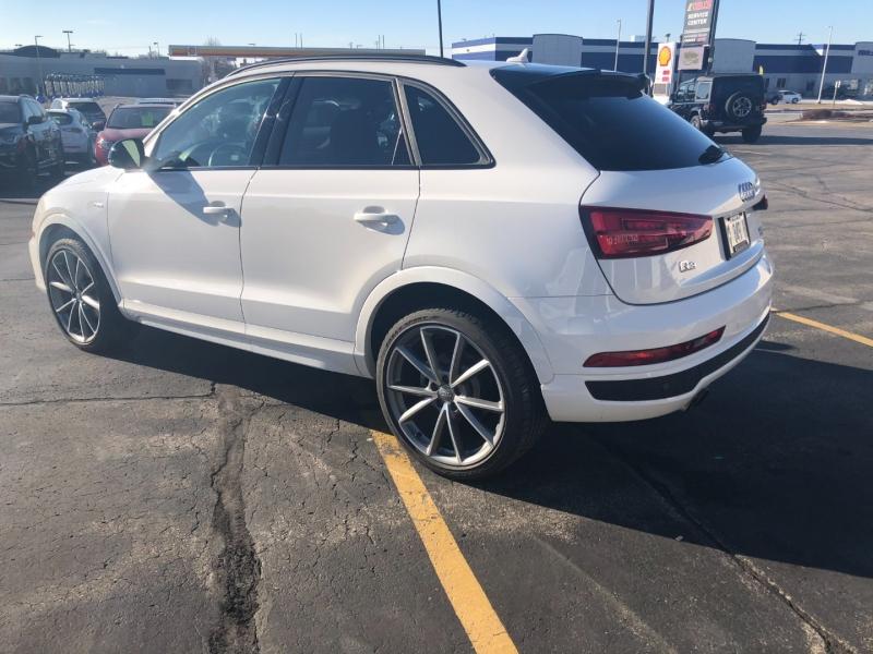 Audi Q3 S Line 2018 price $29,990
