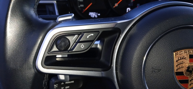 Porsche Macan Sport 2018 price $44,990