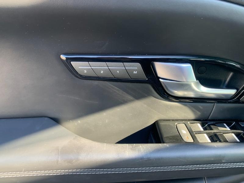 Land Rover Range Rover Evoque 2016 price $33,990