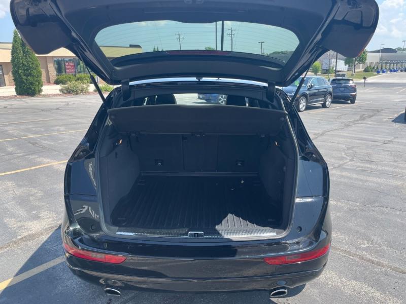 Audi Q5 2016 price $25,990