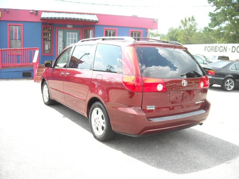 Toyota Sienna 2006 price $6,500