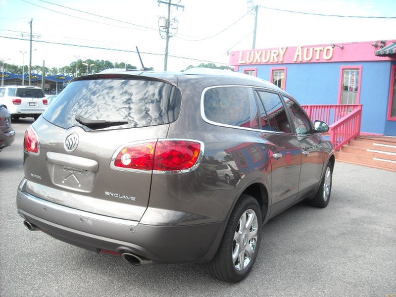Buick Enclave 2010 price $8,900