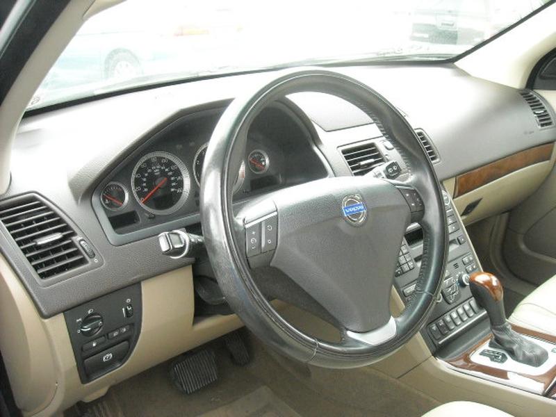 Volvo XC 90 2014 price $9,500