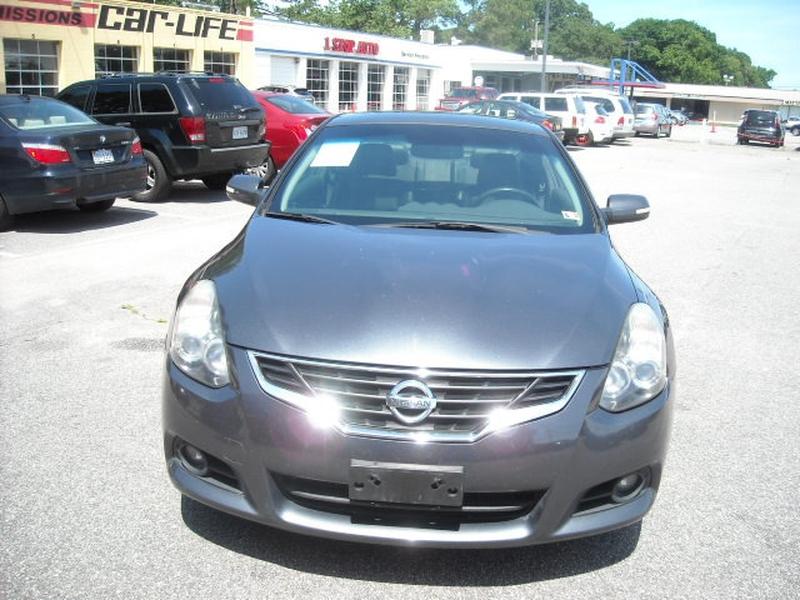Nissan Altima 2011 price $9,600