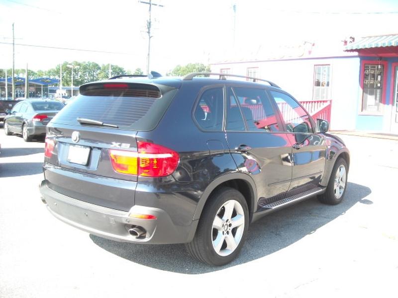 BMW X5 2007 price $6,900