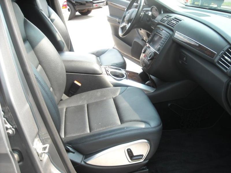 Mercedes-Benz R-Class 2011 price $9,900