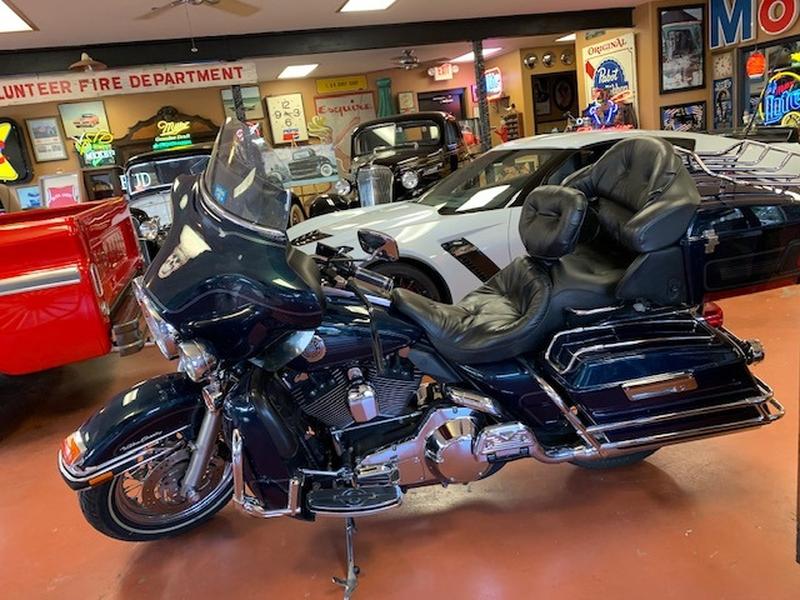 Harley-Davidson ULTRA CLASSIC 2002 price $8,999