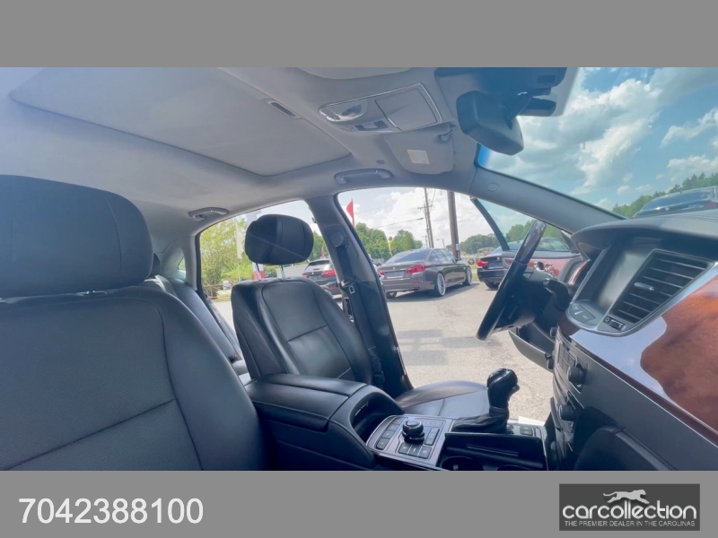 Hyundai Equus 2015 price $22,999