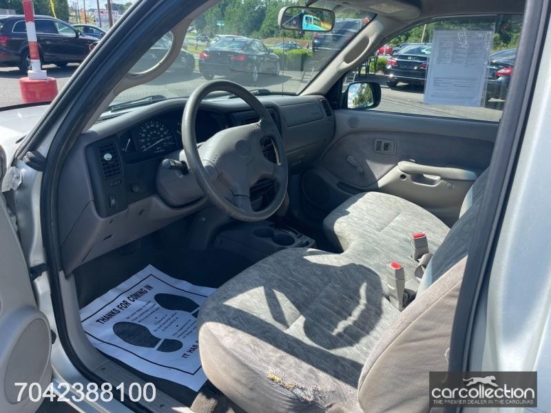 Toyota Tacoma 2003 price $8,999