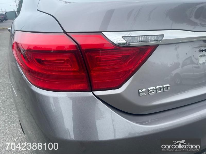 Kia K900 2015 price $24,999