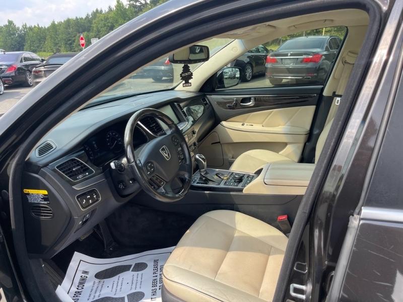 Hyundai Equus 2014 price $20,995