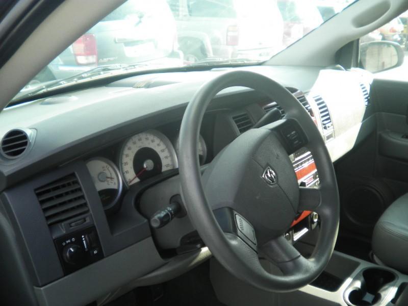 Dodge Durango 2004 price $1,750