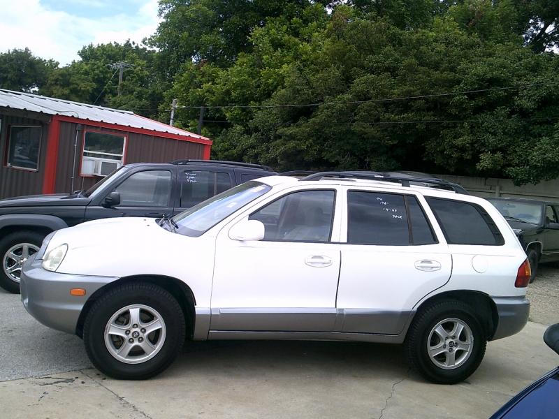 Hyundai Santa Fe 2004 price $1,450 Down