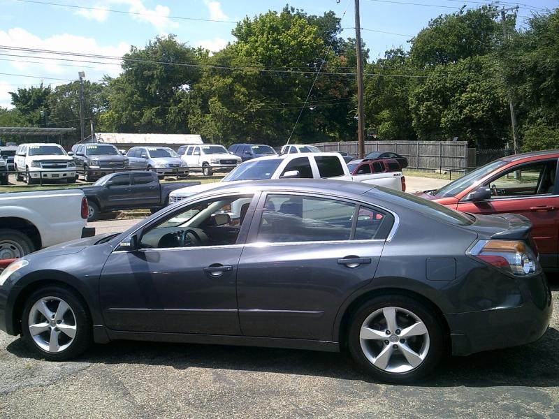 Nissan Altima 2008 price $1,000 Down