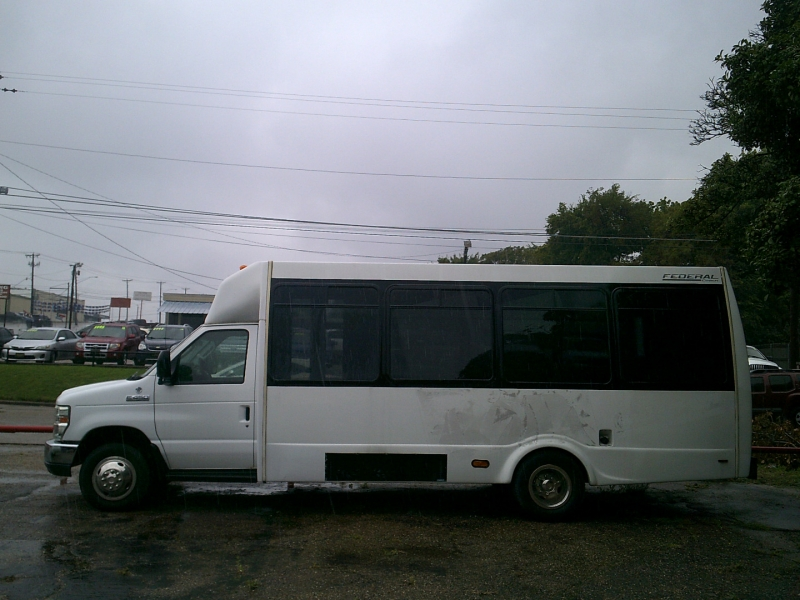 Ford Econoline Commercial Cutaway 2010 price $11,950