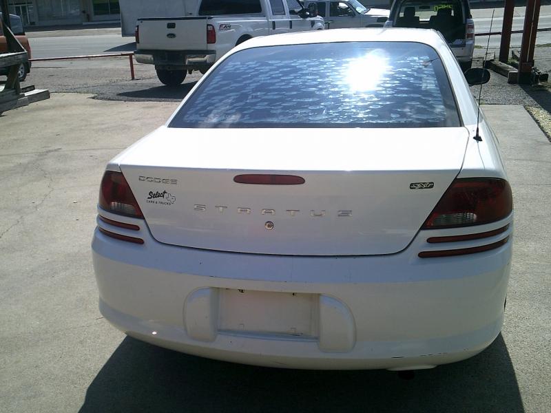 Dodge Stratus 2004 price $1,950