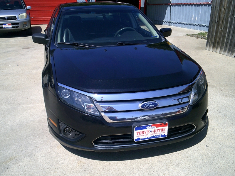 Ford Fusion 2010 price $1,750 Down