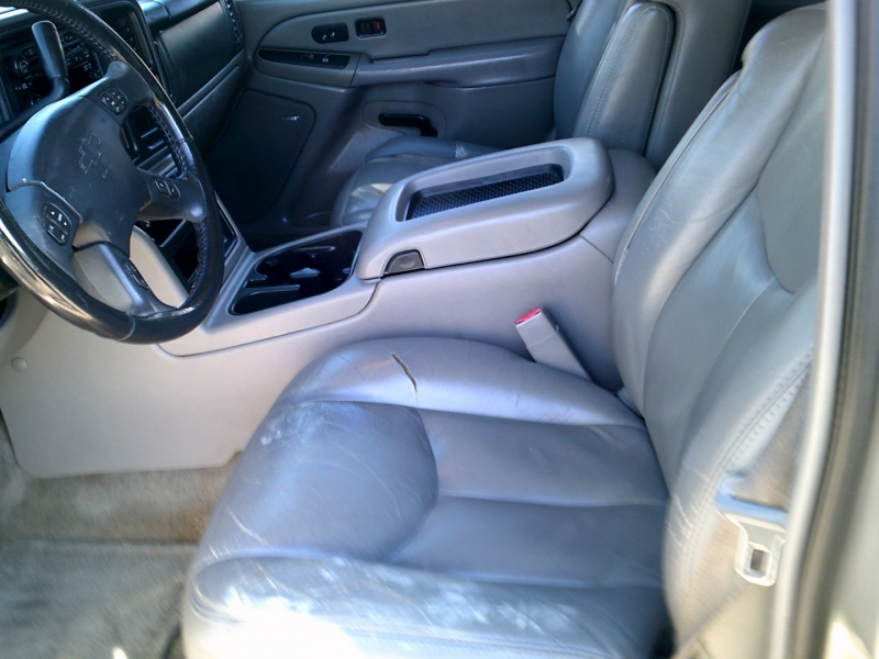 Chevrolet Suburban 2005 price $2,000 Down