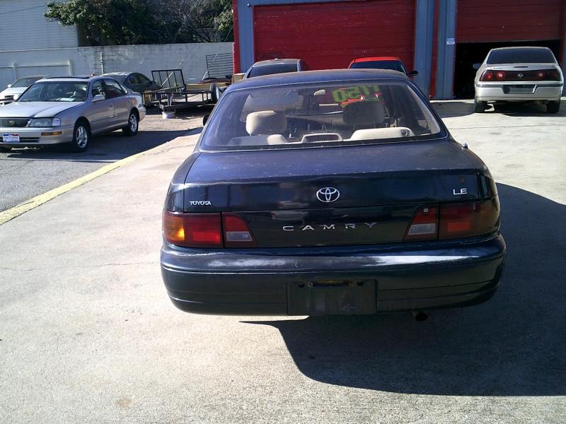 Toyota Camry 1995 price $1,950