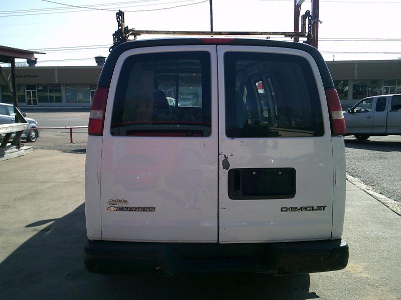 Chevrolet Express Cargo Van 2003 price $4,950