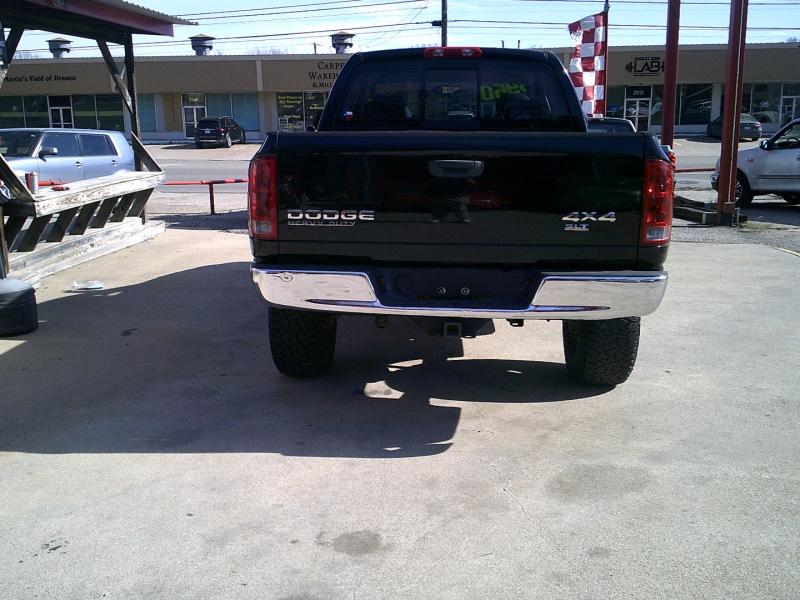 Dodge Ram 2500 2004 price $8,995