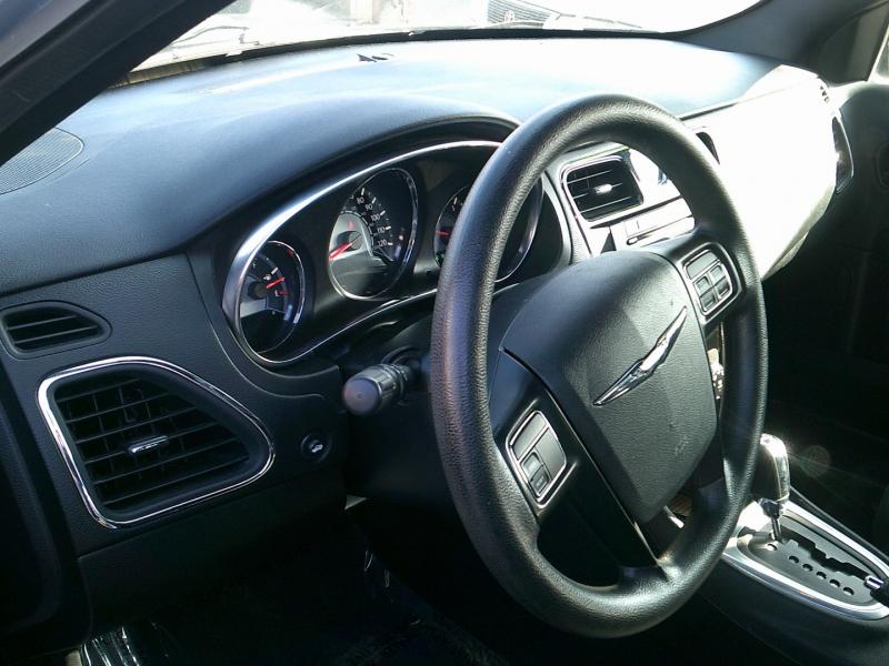 Chrysler 200 2013 price $1,850 Down