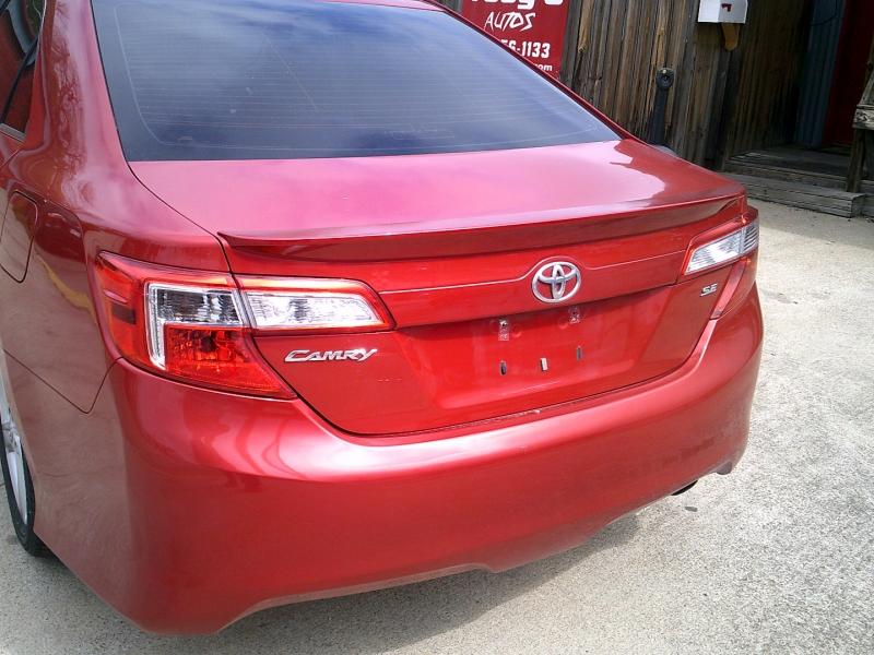 Toyota Camry 2012 price $10,900