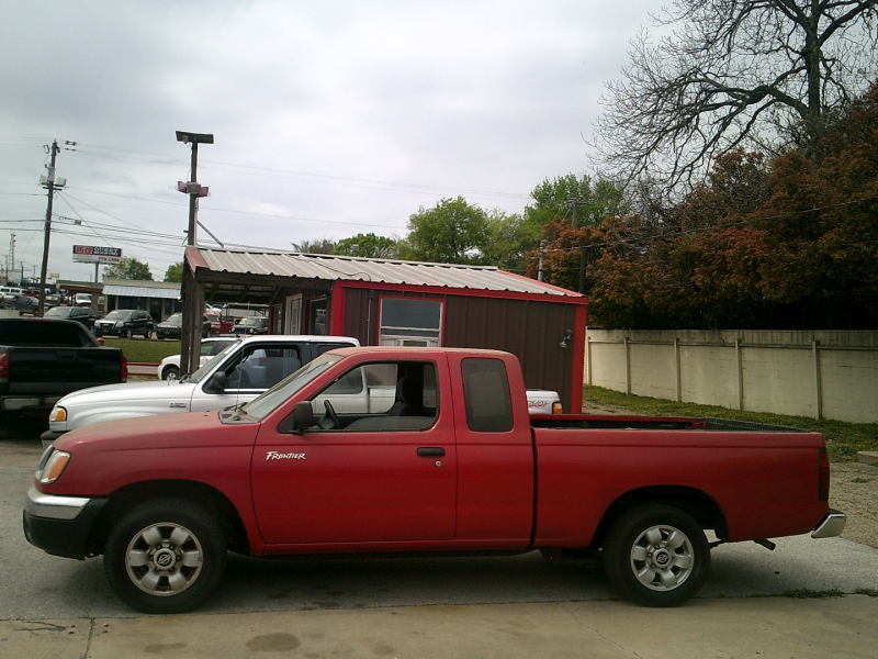 Nissan Frontier 2WD 2000 price $6,950