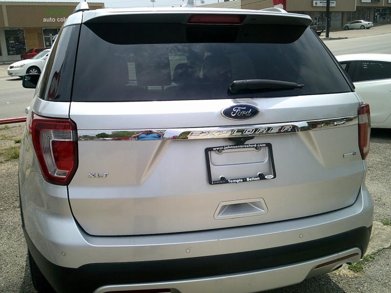Ford Explorer 2016 price $18,900