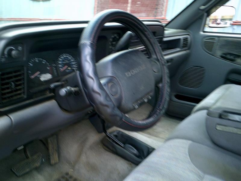 Dodge Ram 1500 1997 price $2,000 Down