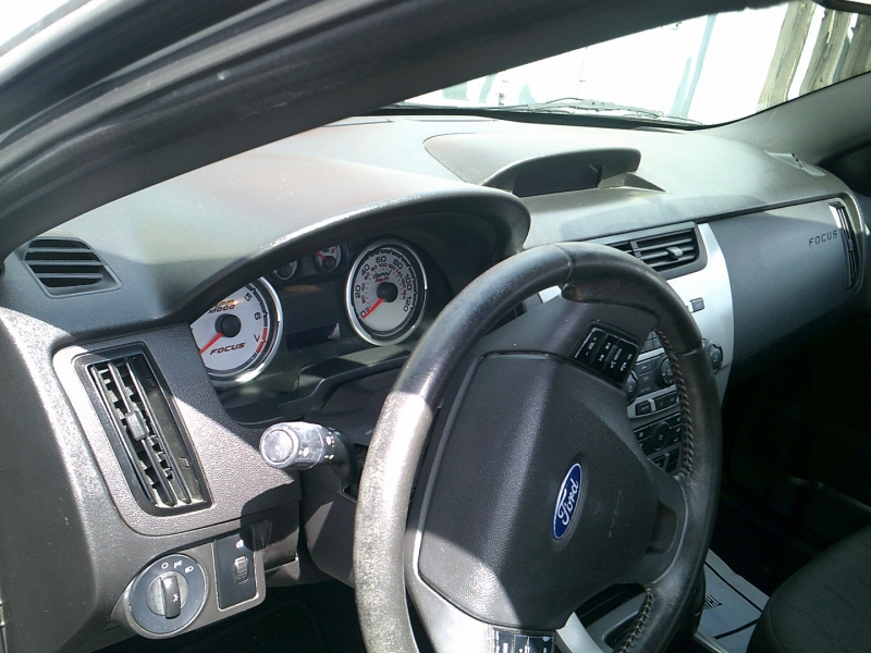 Ford Focus 2010 price $1,500 Down