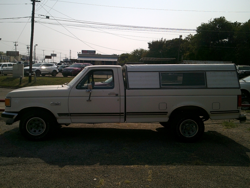 Ford F-150 1990 price $1,200 Down