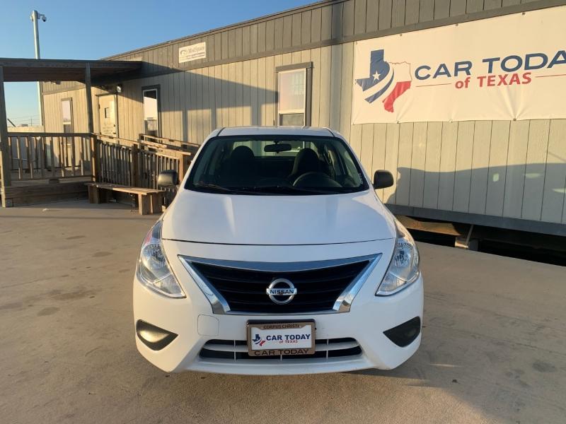 Nissan Versa 2015 price $995