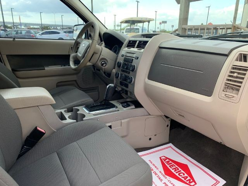 Ford Escape Hybrid 2009 price $1,295