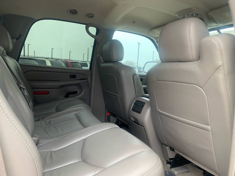 GMC Yukon 2005 price $1,395