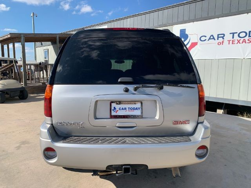 GMC Envoy 2004 price $995