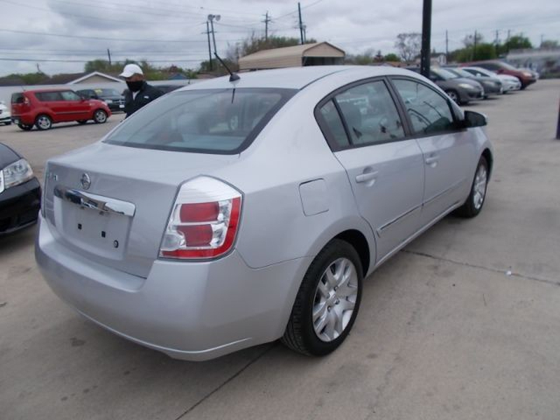 Nissan Sentra 2010 price Call for Pricing.