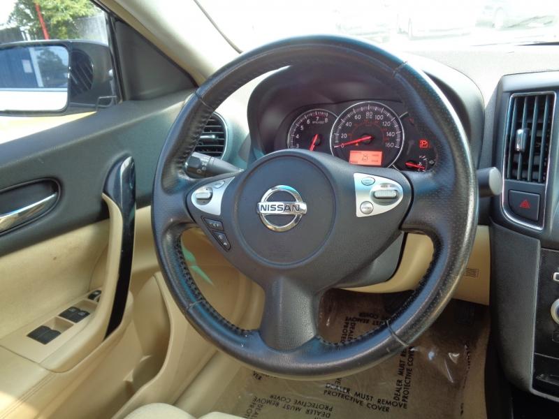 Nissan Maxima 2011 price $12,995