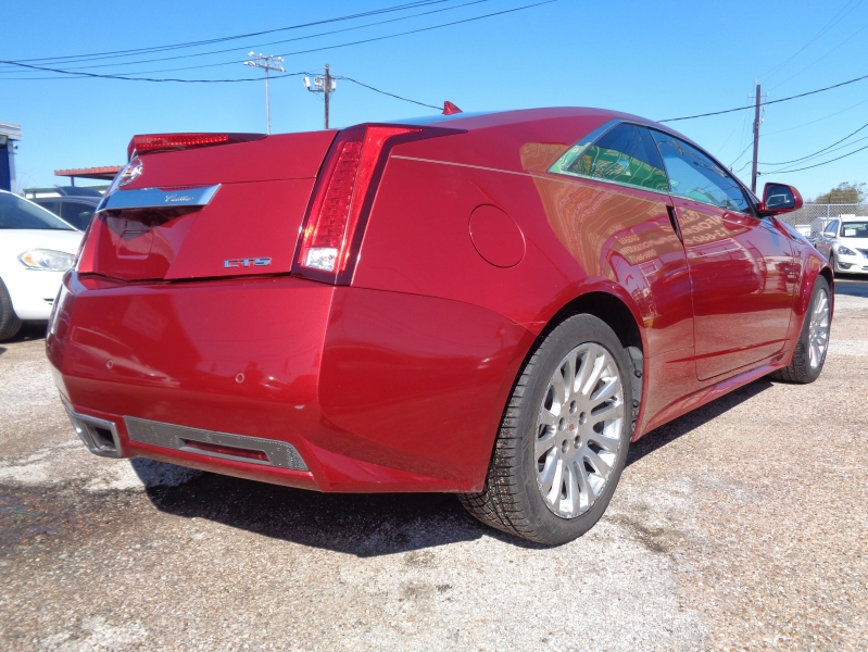 Cadillac CTS Coupe 2012 price $14,995