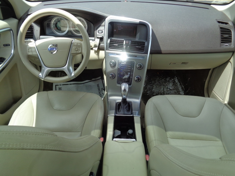 Volvo XC60 2013 price $14,995