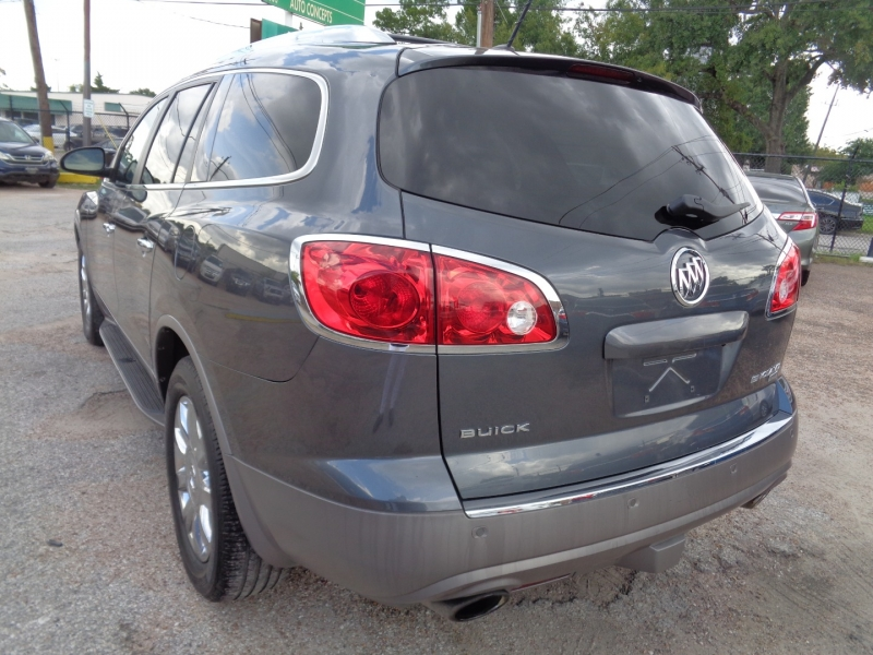 Buick Enclave 2011 price $12,995