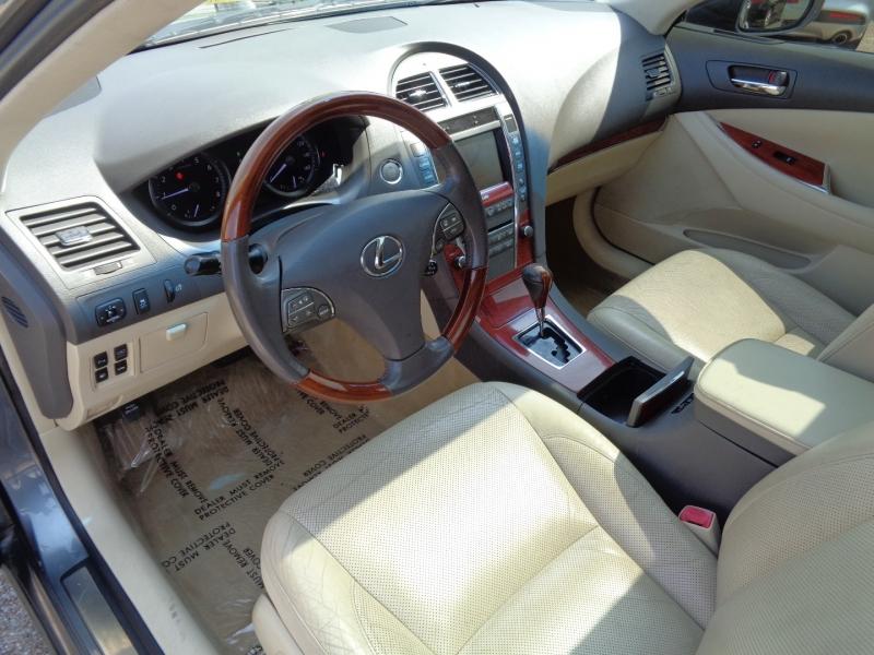 Lexus ES 350 2012 price $17,995