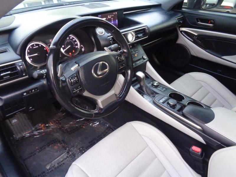 Lexus RC 200t 2016 price $32,995