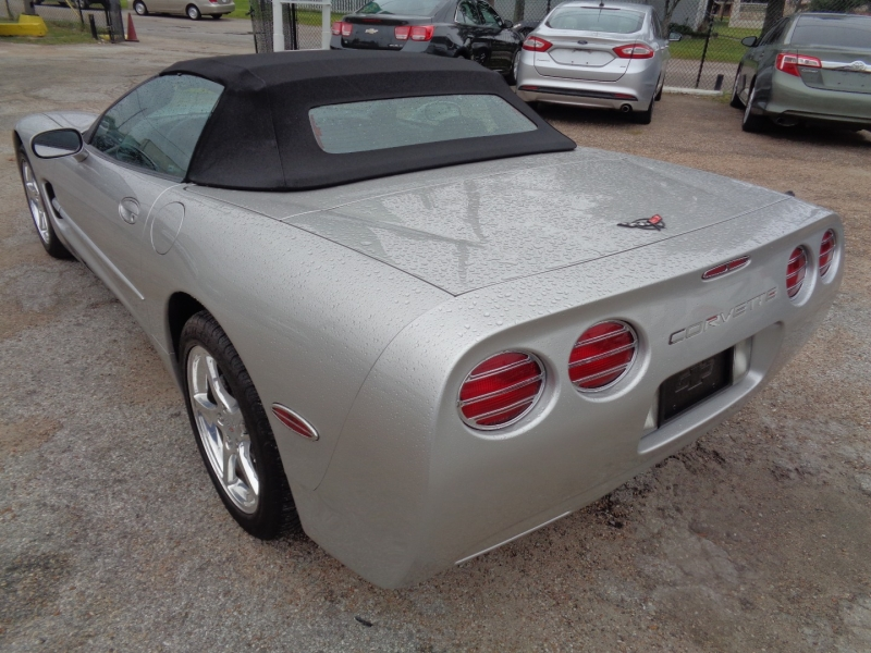 Chevrolet Corvette 2004 price $26,995