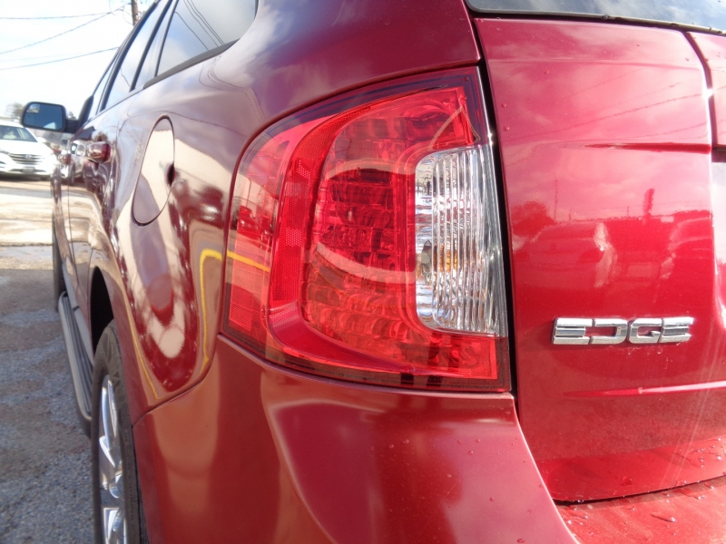 Ford Edge 2013 price $16,995